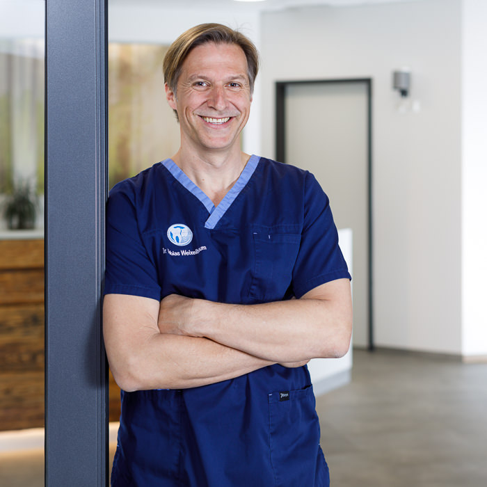 Dr. Tobias Weixelbaum